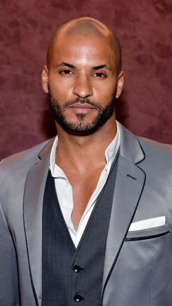 Ricky Whittle, Рикки Уиттл